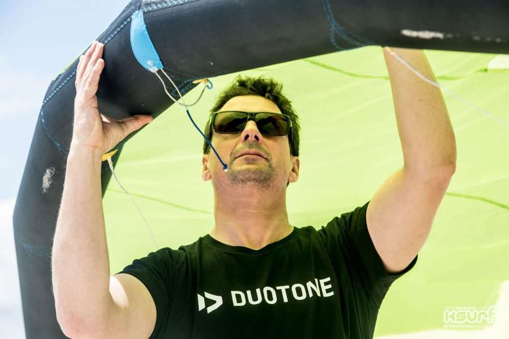 DUOTONE - TRUE Kiteboarding