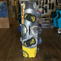 DEMO 2017 Naish Drive 138x41.5 with Apex Bindings