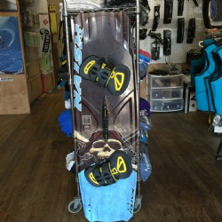 DEMO 2017 Naish Monarch 135x41.5 with Apex Bindings