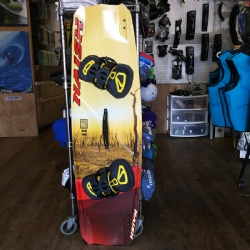 DEMO 2017 Naish Motion 138x41.5 with Apex Bindings - 30% off