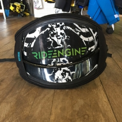 DEMO 2016 Ride Engine Pro Medium Waist Harness + Spreader Bar